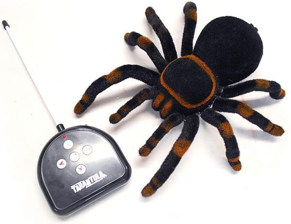 Радиоуправляемые игрушки Роботы и животные
